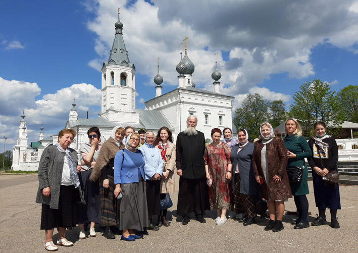 паломники в Годеново